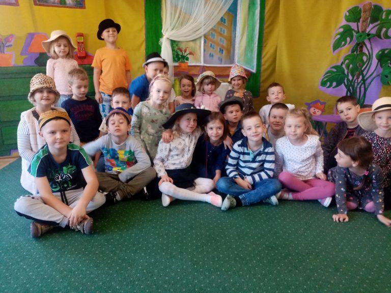 Grupowe zdjęcie dzieci